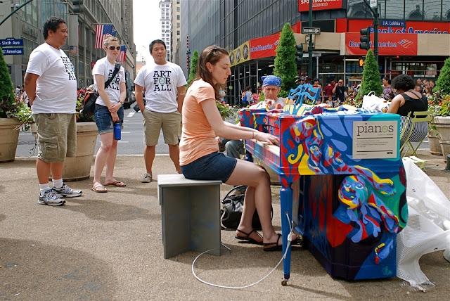 Piano - Radio 1 - Plexus Radio - Plexus - pianist musicians in NYC - Times-Square-NYC-Streetpiano - hiring pianist musicians in NYC - piano - 1